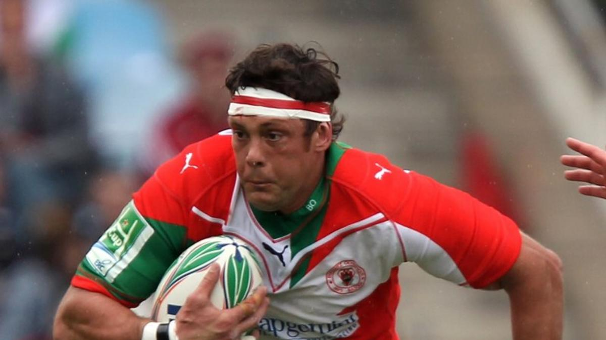 Trevor Hall during his playing days in France with Biarritz Olympique
